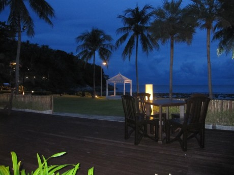 Night Dinning at Merlin Beach Resort